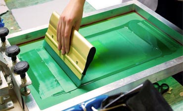 In Screen Printing, How to Avoid Printing Size Expansion?